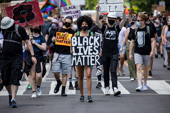 "Social Movement「DC Pride Holds ""Defund Police"" March」:写真・画像(5)[壁紙.com]"