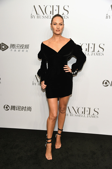 """Book Release「Cindy Crawford And Candice Swanepoel Host """"ANGELS"""" By Russell James Book Launch And Exhibit - Arrivals」:写真・画像(0)[壁紙.com]"""