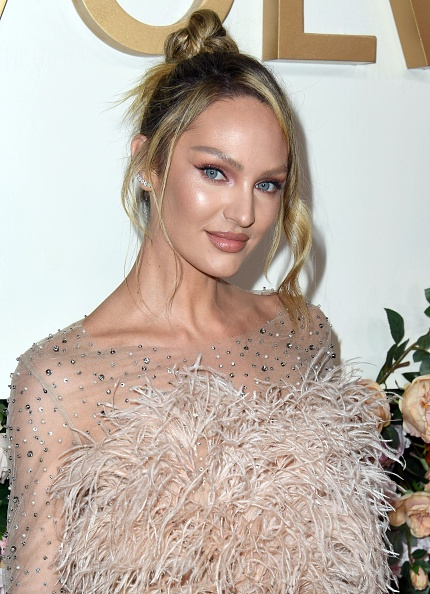 Candice Swanepoel「3rd Annual #REVOLVEawards - Arrivals」:写真・画像(9)[壁紙.com]