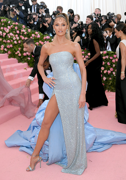 Candice Swanepoel「The 2019 Met Gala Celebrating Camp: Notes on Fashion - Arrivals」:写真・画像(4)[壁紙.com]