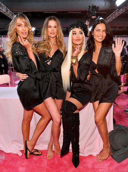 Candice Swanepoel「2018 Victoria's Secret Fashion Show in New York - Hair & Makeup」:写真・画像(2)[壁紙.com]