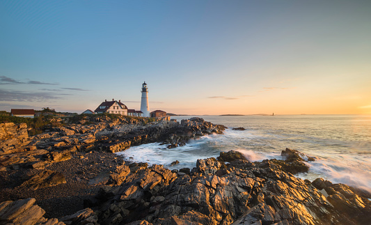 Wave「ポートランドヘッド灯台、メーヌ、米国の日の出」:スマホ壁紙(16)