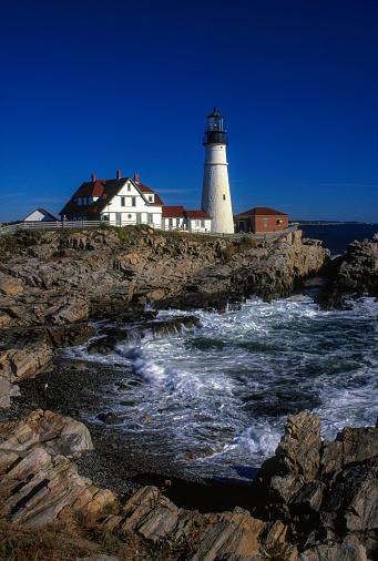 波「Portland Head Light - a historic lighthouse in Cape Elizabeth, Maine.」:スマホ壁紙(14)