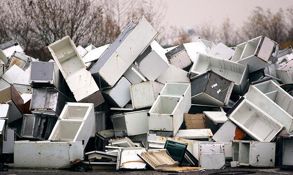 Obsolete「Dumped Fridges Cause Environmental Rows」:写真・画像(11)[壁紙.com]
