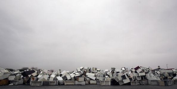 Obsolete「Dumped Fridges Cause Environmental Rows」:写真・画像(0)[壁紙.com]