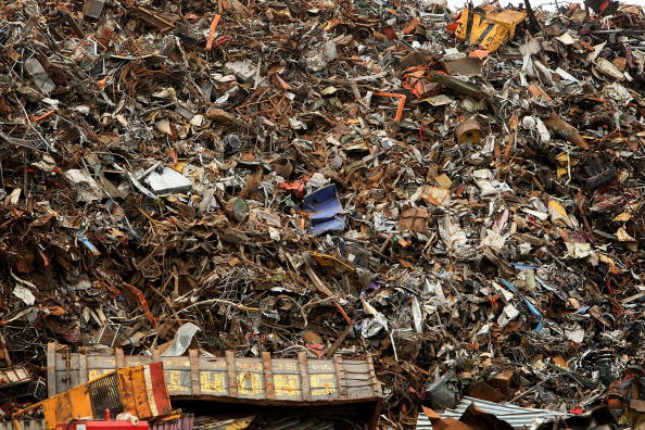 Recycling「Scrap Mountain Destined For Recycling Abroad」:写真・画像(12)[壁紙.com]