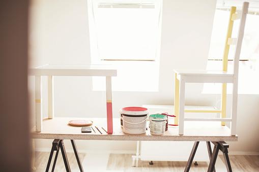 DIY「Renovating the furniture」:スマホ壁紙(12)