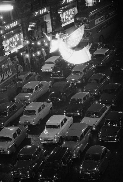 Christmas Lights「Traffic Jam in Regent Street」:写真・画像(13)[壁紙.com]