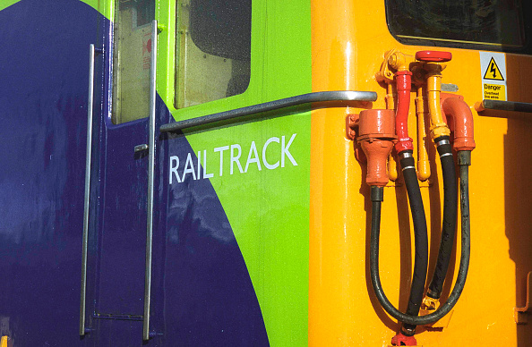 Connection「Detail of connections on Network Rail Class 73 Electro Diesel.」:写真・画像(16)[壁紙.com]