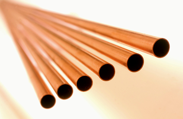 Metallic「Detail of copper pipes.」:写真・画像(10)[壁紙.com]