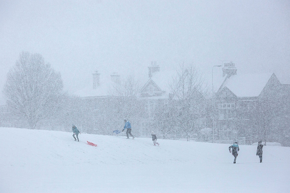 Snow「Cold Weather Front From Russia Brings Snow Across The UK」:写真・画像(16)[壁紙.com]