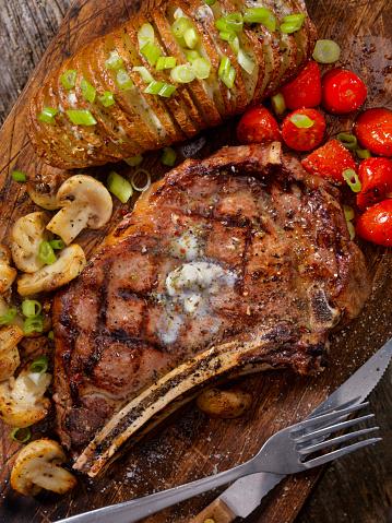 Scalloped - Pattern「BBQ Prime Rib steak with a Hasselback Potato」:スマホ壁紙(12)