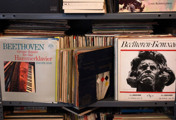 Collection「Classical Vinyl」:写真・画像(5)[壁紙.com]