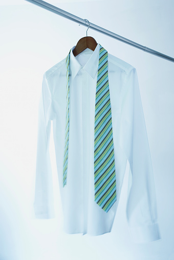 Hanging「Business shirt and tie on hanger」:スマホ壁紙(14)
