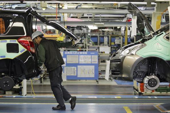 Vehicle Brand Name「New Toyota Production Line Opens」:写真・画像(3)[壁紙.com]