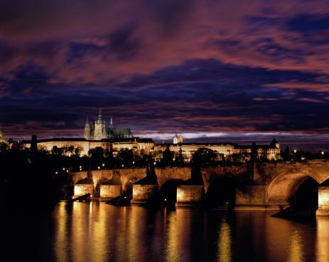 St Vitus's Cathedral「Czechoslovakia,Prague,Saint Vitus' Cathedral,Charles Bridge at night」:スマホ壁紙(4)