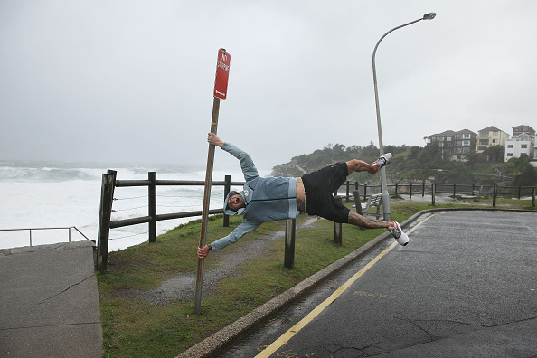 Wind「Damaging Winds And Heavy Rain Hit Sydney」:写真・画像(12)[壁紙.com]