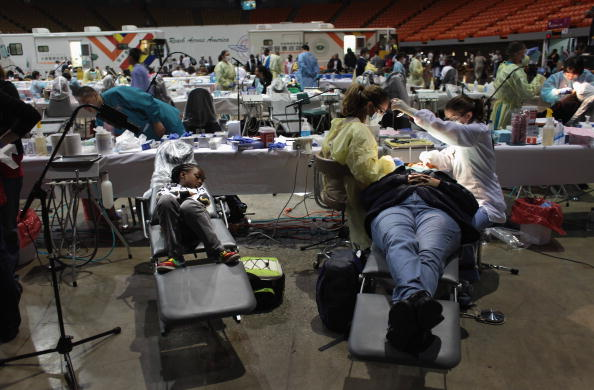 Medical Insurance「Thousands Receive Free Medical Treatment At The Forum In Los Angeles」:写真・画像(14)[壁紙.com]