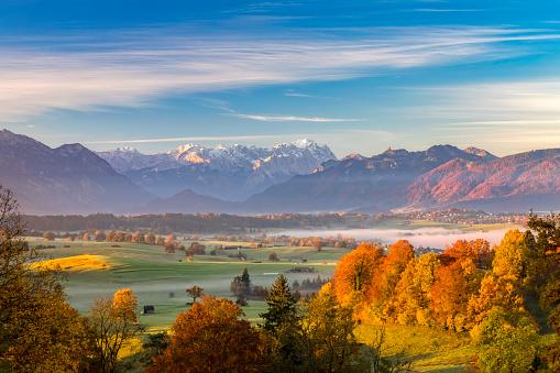 European Alps「Indian Summer with Zugspitze in Background」:スマホ壁紙(9)