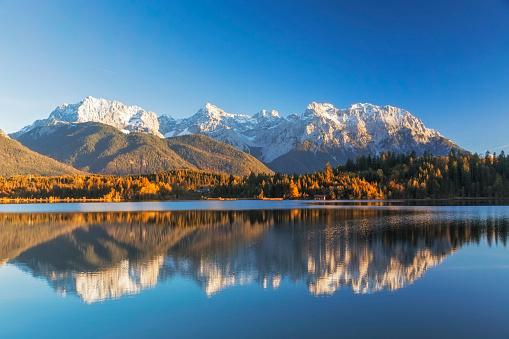 European Alps「Indian Summer at Barmsee, Karwendel Mountains, Bavarian Alps, XXL Panorama」:スマホ壁紙(2)