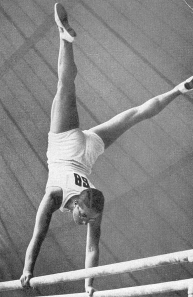 Balance「Gymnast」:写真・画像(2)[壁紙.com]