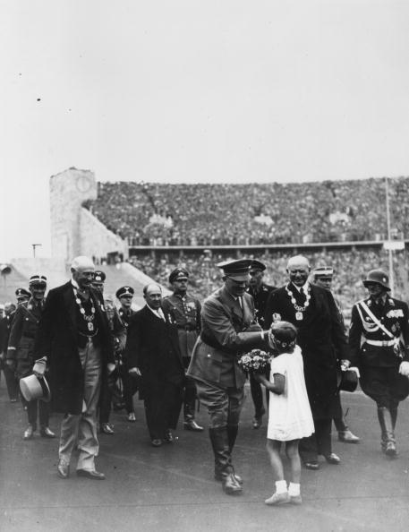 オリンピック「Flowers For Fascist」:写真・画像(13)[壁紙.com]