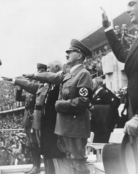 ベルリン「Hitler At Olympics」:写真・画像(19)[壁紙.com]