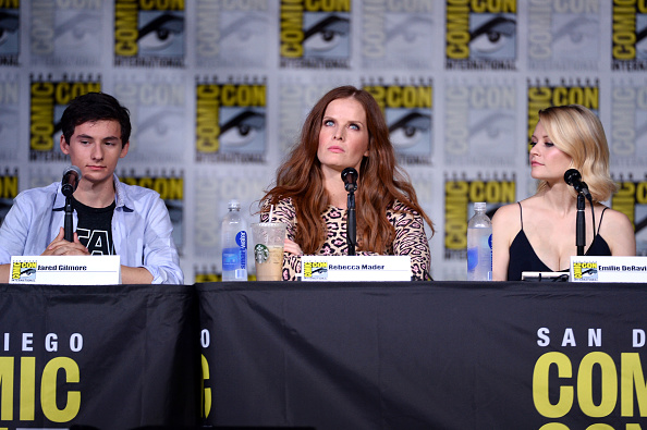 "Emilie De Ravin「Comic-Con International 2016 - ""Once Upon A Time"" Panel」:写真・画像(12)[壁紙.com]"