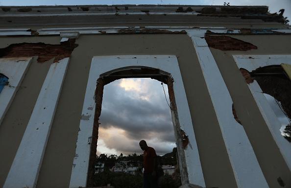 Door「Puerto Rico Marks Holiday Season Amidst Slow Hurricane Recovery」:写真・画像(18)[壁紙.com]