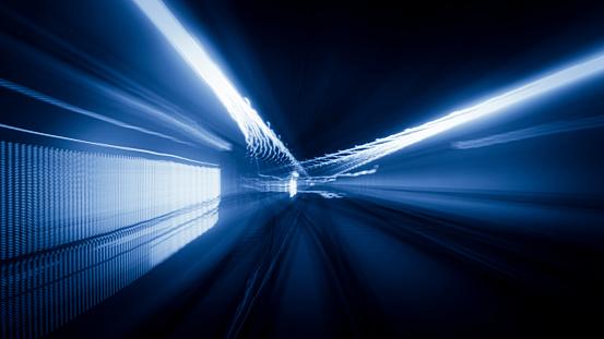 Light Trail「Tunnel speed motion light trails」:スマホ壁紙(6)