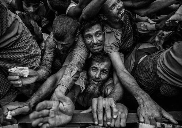 Bangladesh「Rohingya Refugees Flee Into Bangladesh to Escape Ethnic Cleansing」:写真・画像(18)[壁紙.com]
