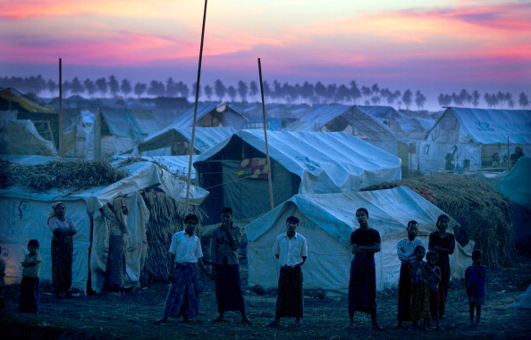 Rohingya Culture「Rohingyas Crowd IDP Camps In Sittwe After Sectarian Violence」:写真・画像(2)[壁紙.com]