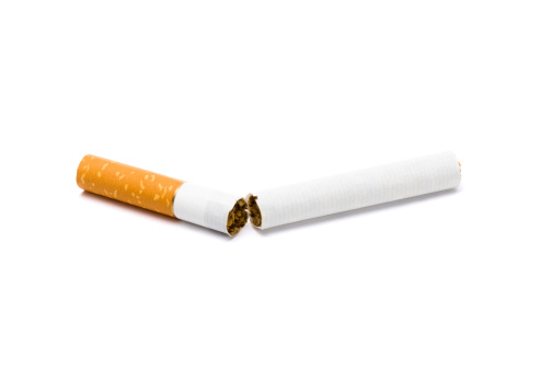 Broken「Broken cigarette」:スマホ壁紙(17)