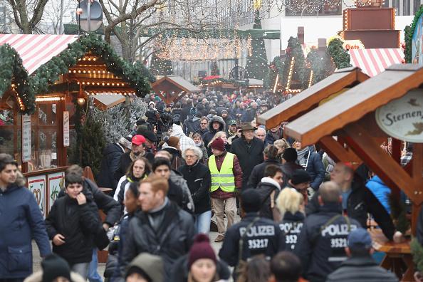 2016 Berlin Christmas Market Attack「Christmas Market Targeted In Terror Attack Reopens」:写真・画像(17)[壁紙.com]
