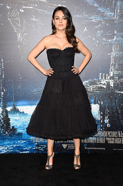 "ロングヘア「Premiere Of Warner Bros. Pictures' ""Jupiter Ascending"" - Arrivals」:写真・画像(6)[壁紙.com]"