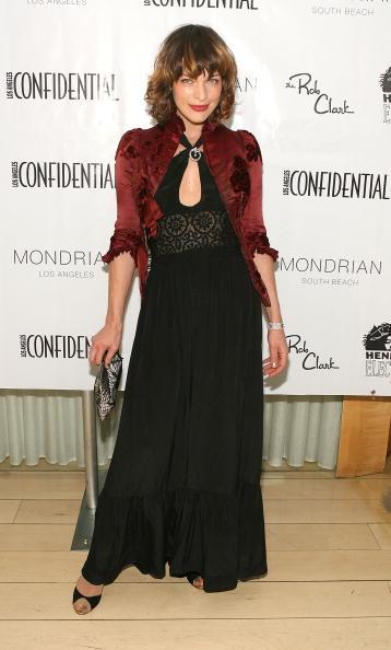 ミラ・ジョヴォヴィッチ「LA Confidential Magazine's Annual Oscar Party - Arrivals」:写真・画像(10)[壁紙.com]