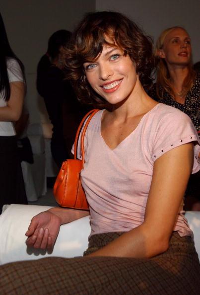 シャツ「Donna Karan Spring 2005 - Front Row Donna Karan Spring 2005 - Front Row」:写真・画像(14)[壁紙.com]