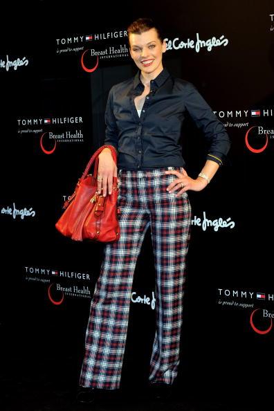 ミラ・ジョヴォヴィッチ「Milla Jovovich Presents Tommy Hilfiger Limited Edition Bag in Madrid」:写真・画像(18)[壁紙.com]