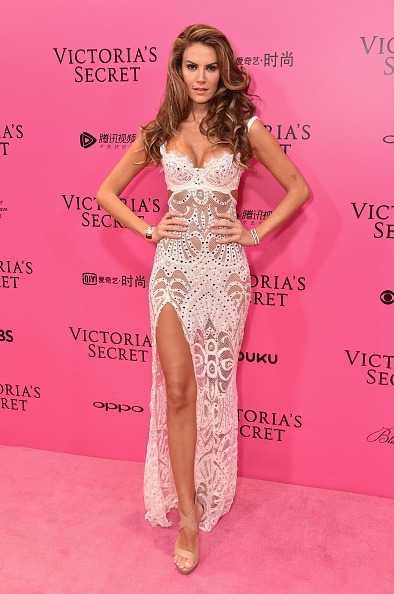 China Photos「2017 Victoria's Secret Fashion Show In Shanghai - Pink Carpet Arrivals」:写真・画像(13)[壁紙.com]