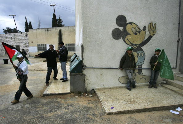Mickey Mouse「Palestinians Go To The Polls In Parliamentary Elections」:写真・画像(1)[壁紙.com]