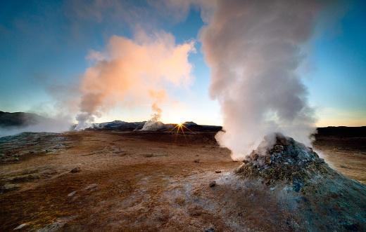 North Iceland「Icelandic sunrise」:スマホ壁紙(7)