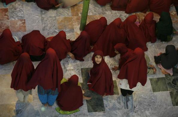 Pakistan「Rare Look Inside Radical Mosque in Pakistan」:写真・画像(5)[壁紙.com]