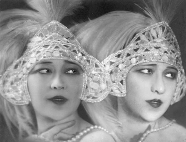 Sister「Dolly Sisters」:写真・画像(8)[壁紙.com]