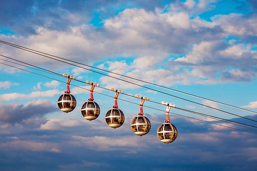 Grenoble「France, Auvergne-Rhone-Alpes, Grenoble, Grenoble-Bastille cable car」:スマホ壁紙(17)
