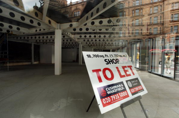 Empty「High Street Premises Remain Vacant During Credit Crisis」:写真・画像(16)[壁紙.com]