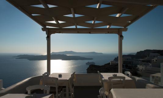Aegean Sea「Seaside Restaurant in Santorini」:スマホ壁紙(13)