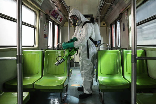 Mexico「Mexico City's Subway Cleaning Efforts Against Coronavirus Spread」:写真・画像(1)[壁紙.com]
