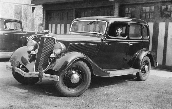 Luxury「1934  Ford DeLuxe Fordor」:写真・画像(18)[壁紙.com]