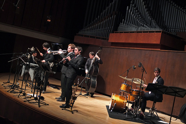 Paul Hall - Juilliard「Juilliard Jazz Ensemble」:写真・画像(15)[壁紙.com]