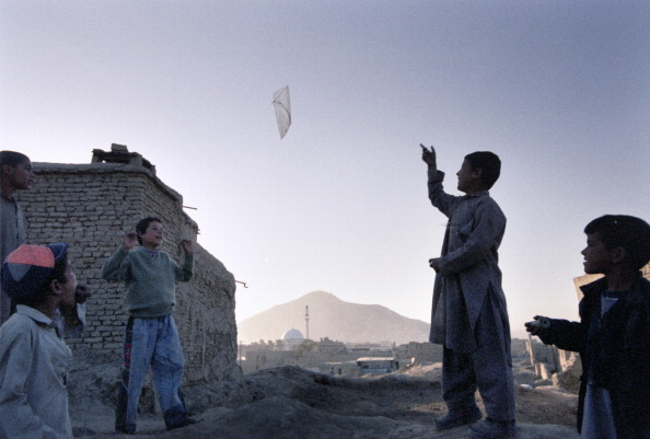 Kabul「Boys Kite Flying in Kabul」:写真・画像(8)[壁紙.com]
